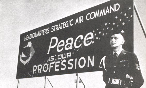 www.strategic-air-command.com